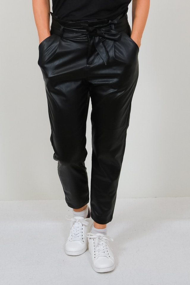 VMEVA HR PAPERBAG PU ANKLE PANTS Black