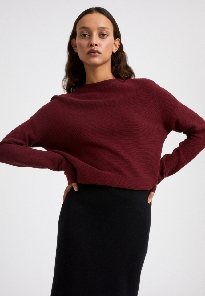 MEDINAA Strick Pullover Solid ruby red