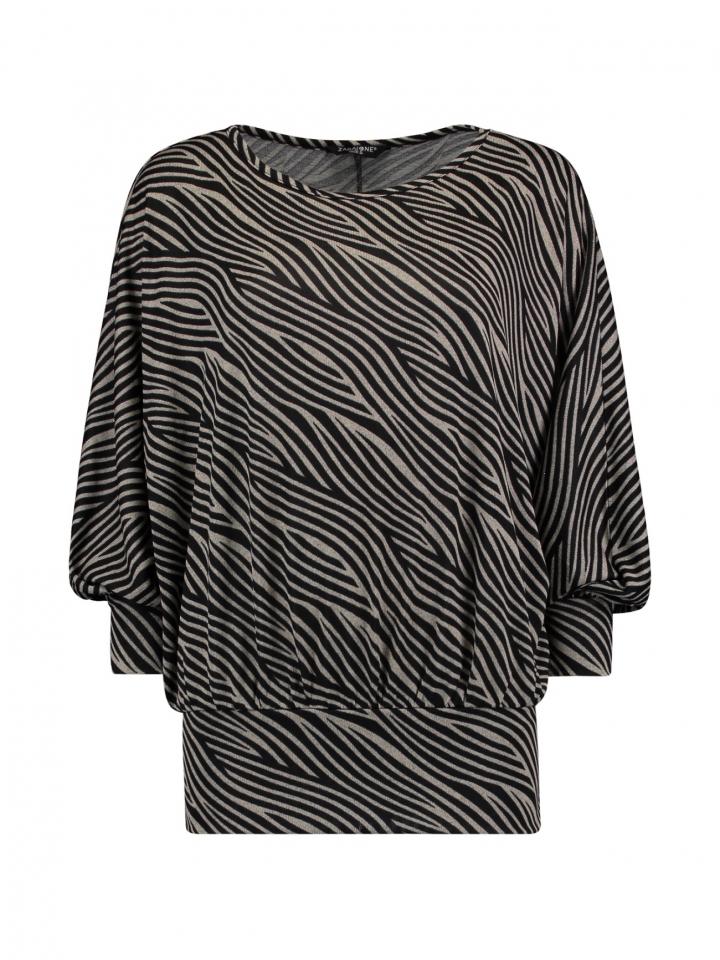 Modell: Shirt Mia P graphic